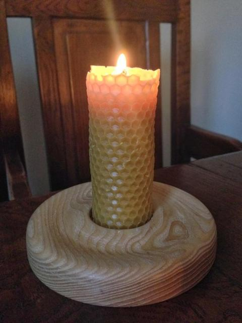 Ash bee candle holder